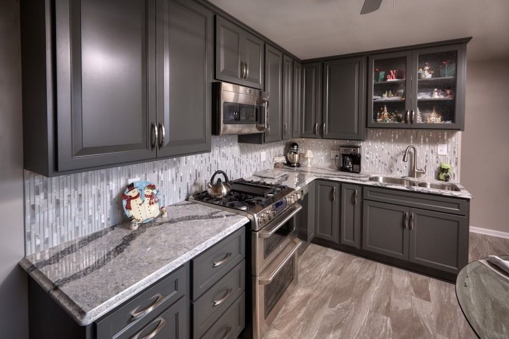 Photo By DreamMaker Of Orland Park. 3rd Project - Kitchen - For A Loyal Client