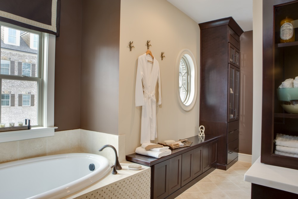 Photo By Traton Homes. Vinings Parc East