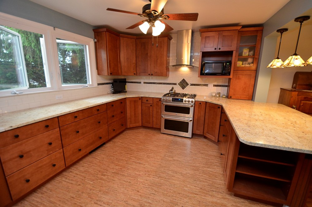 Photo By Volpe Enterprises, Inc.. Kitchens