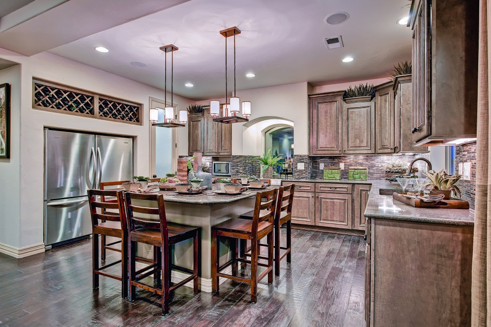 Photo By Oakwood Homes. Colorado Collection