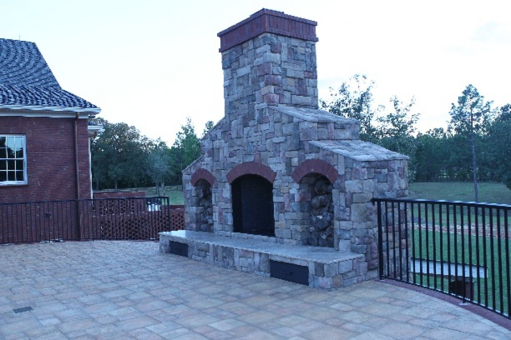 Photo By Designer Builders, Inc.. Outdoor Living Entry