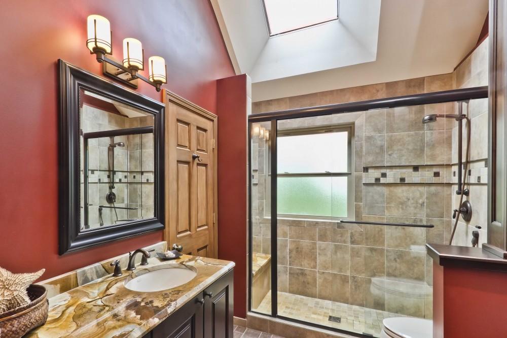 Photo By Synergy Builders. Hodgett Bathroom