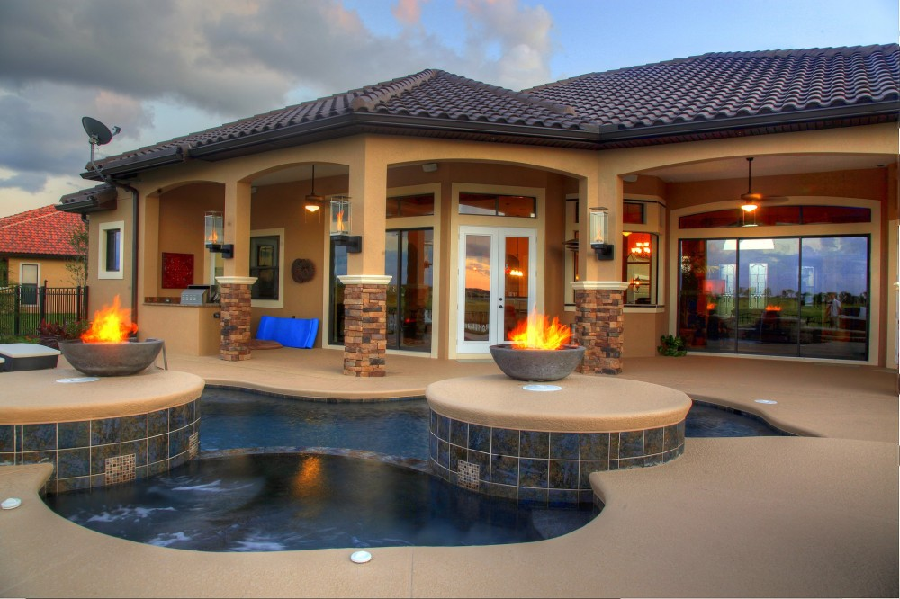 Intercoastal pool spa builders inc for Spa builders