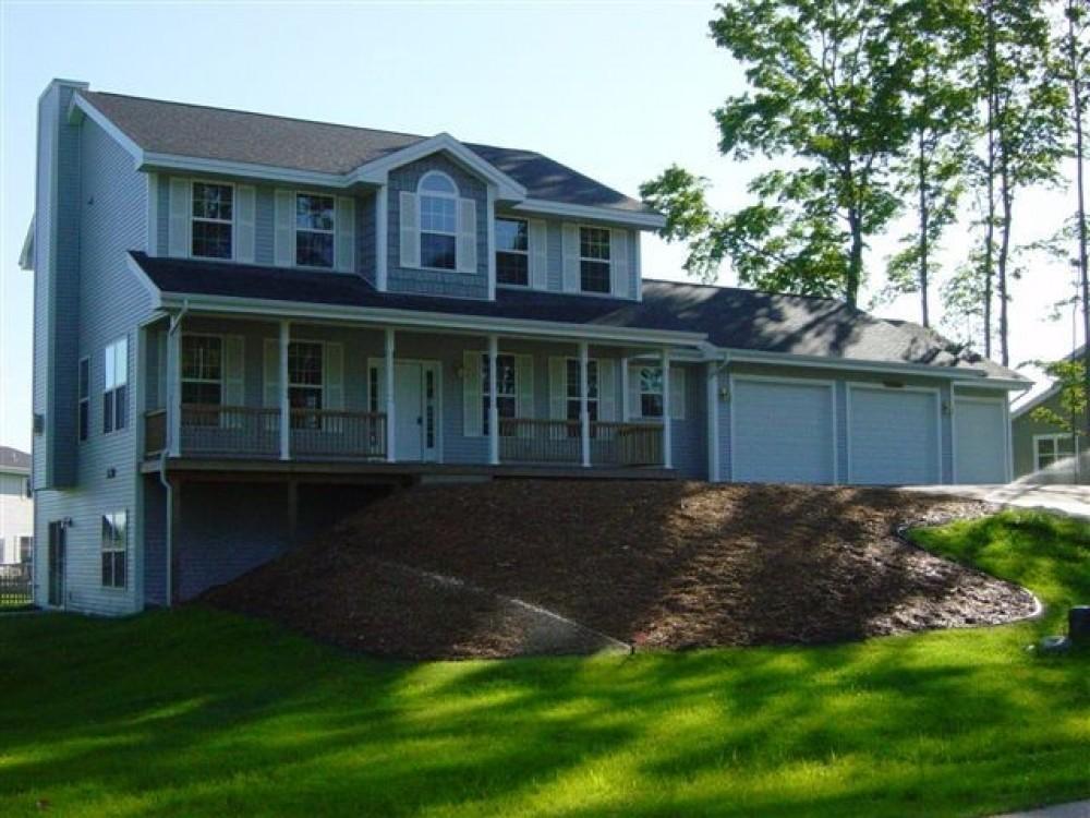 Photo By Eastwood Custom Homes Inc. Harvard Home Plan