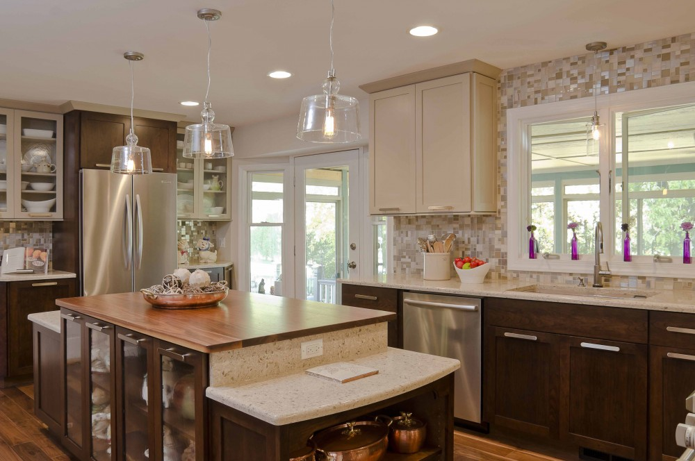 Photo By Synergy Builders. St. Charles Kitchen
