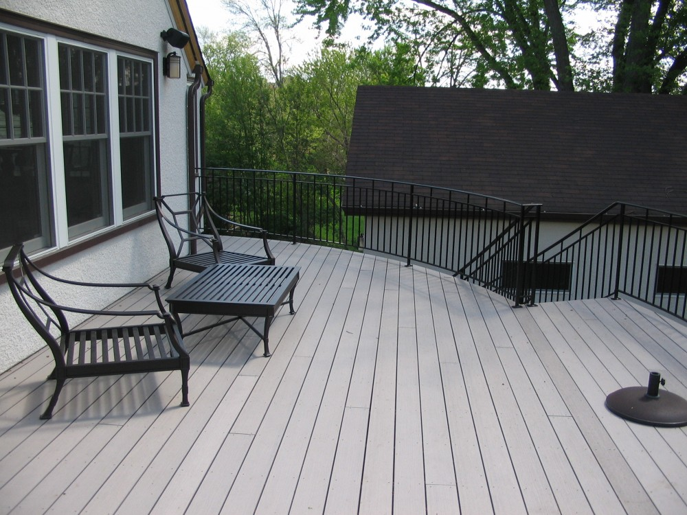 Photo By Sylvestre Construction Inc. Round Deck