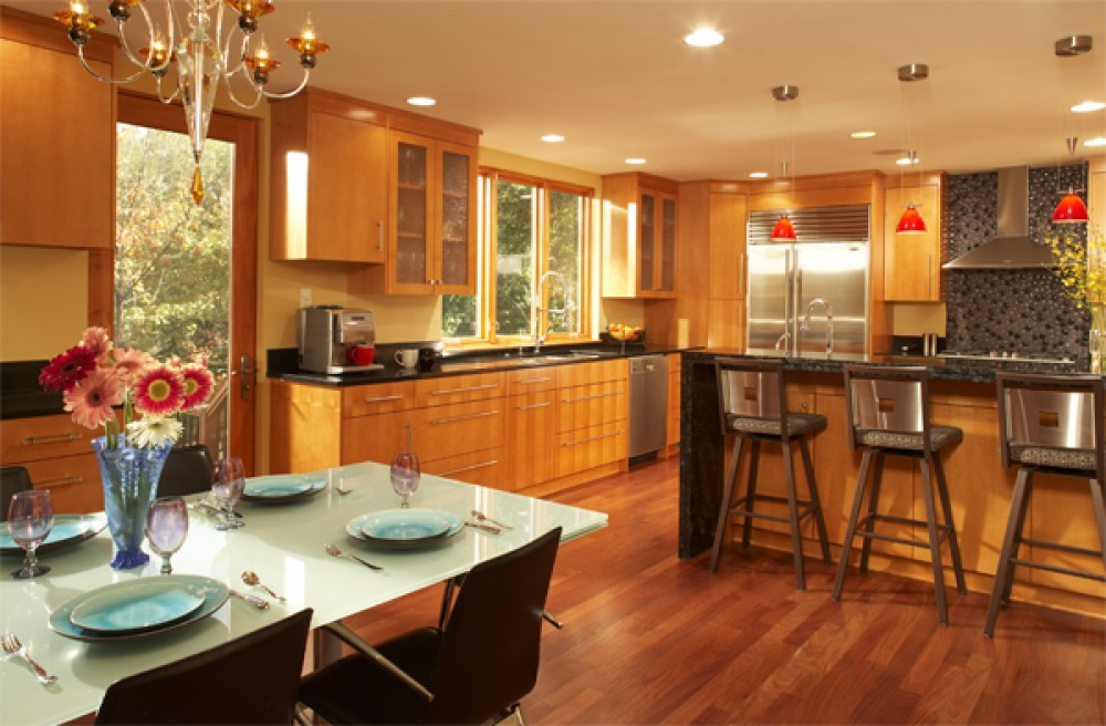 Photo By Sylvestre Construction Inc. Kitchen/Dining Room