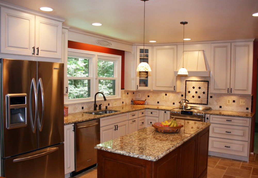 Photo By Lensis Builders Inc. Kitchens 02