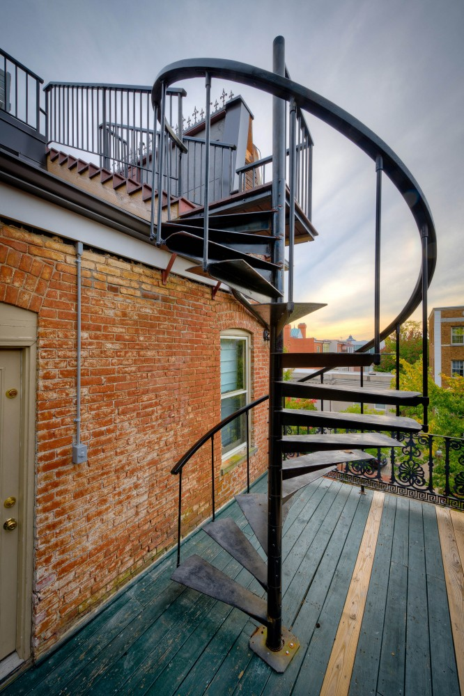 Photo By Landis Architects/Builders. Capitol Hill Roof Deck