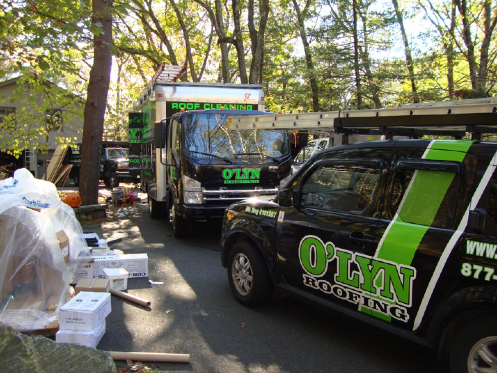 Photo By O'LYN Roofing. O'LYN Contractors Job Images