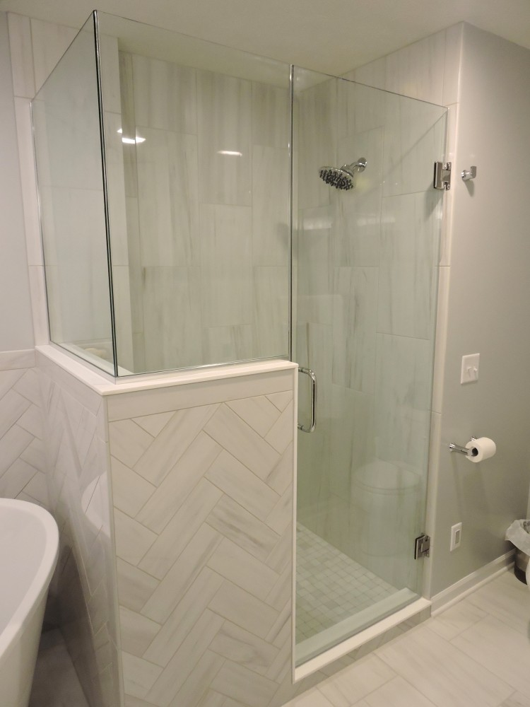 Photo By Willet Construction, Inc.. Bathrooms