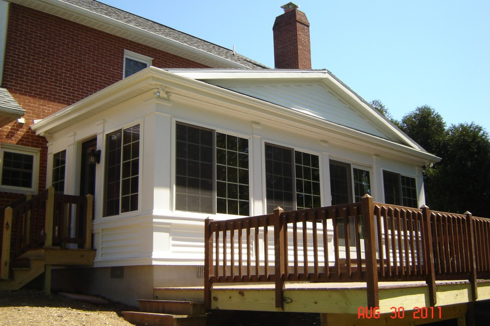Photo By EBY Exteriors Inc.. Estes Addition