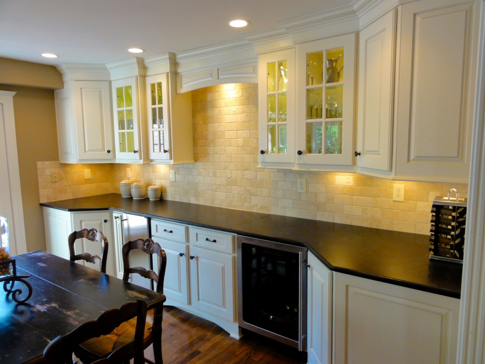 Photo By Bailey Remodeling & Construction, LLC. Project - Ehrhard Kitchen