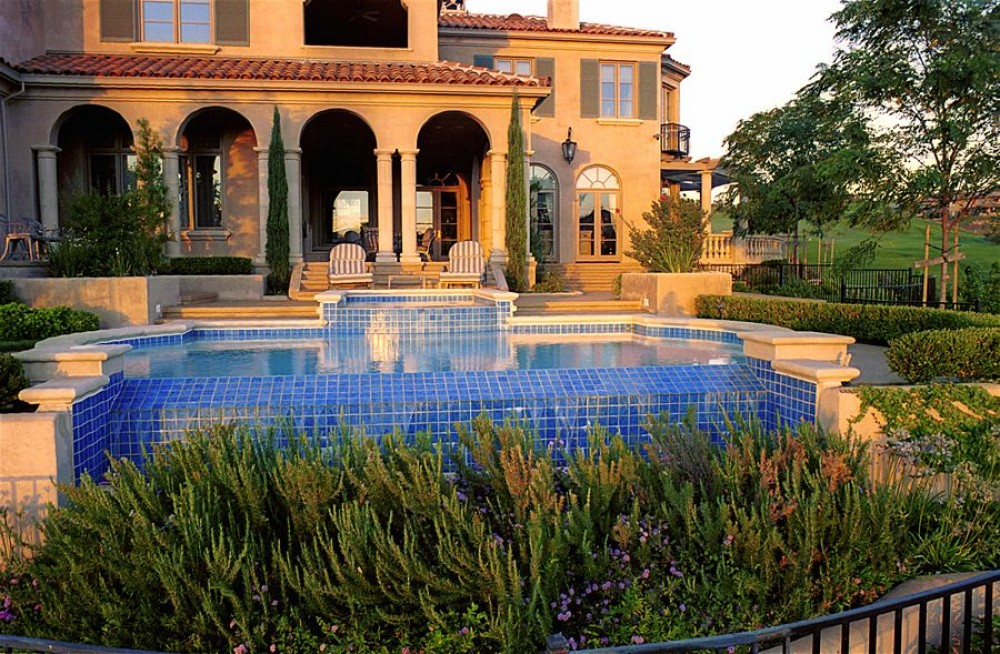 Photo By Geremia Pools. Geremia Pools