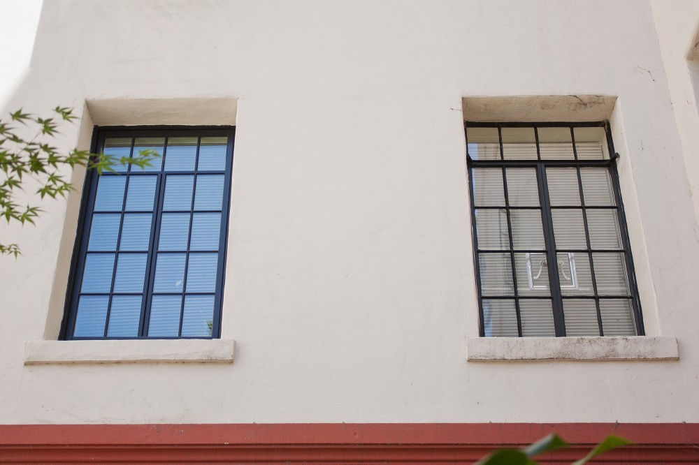 Photo By Hall's Window Center. Commercial Projects