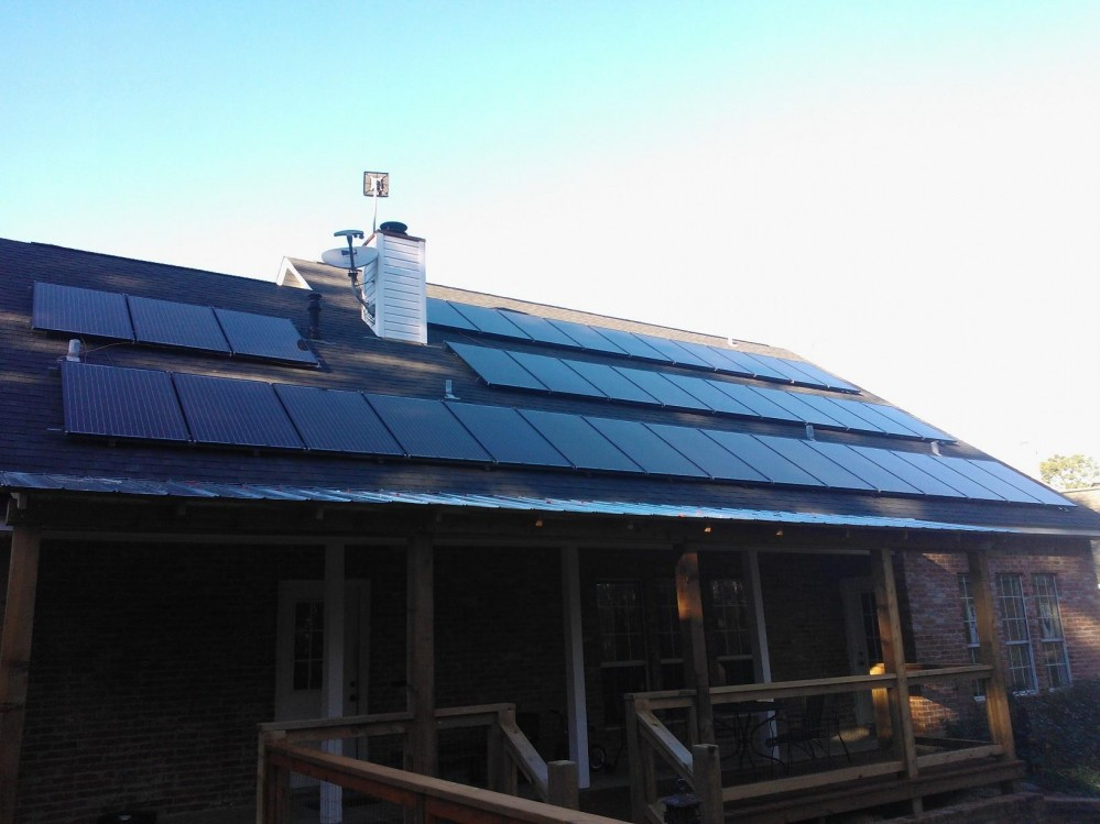 Photo By Gunn Solar Energy Systems. Roof Mount
