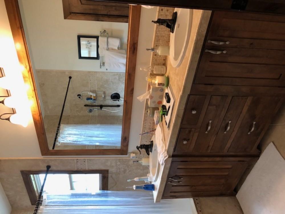 Photo By DreamMaker Bath & Kitchen Of Tyler.