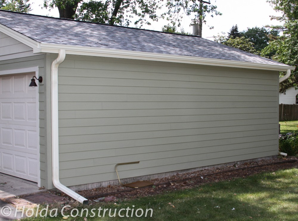 Photo By Holda Construction. James Hardie Siding