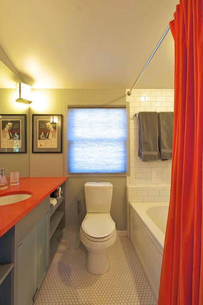 Photo By Meadowlark Design+Build. Bathrooms