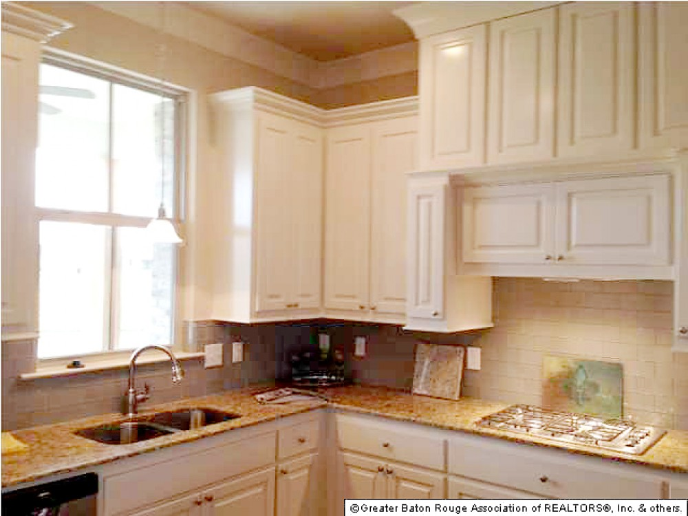 Photo By Level Homes. Level Homes - Interior Photos
