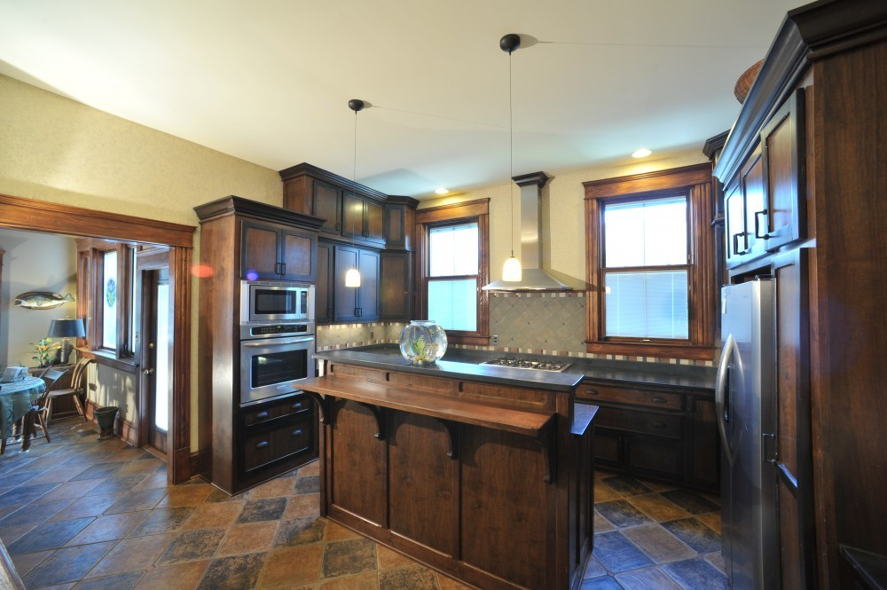 Photo By Windom Construction Co., Inc.. Historic - Reconstruct 1890 - Craftsman