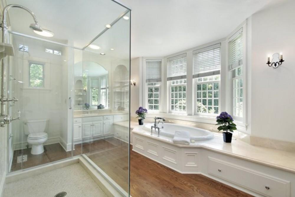 Photo By Brennan Enterprises. Interior Photos