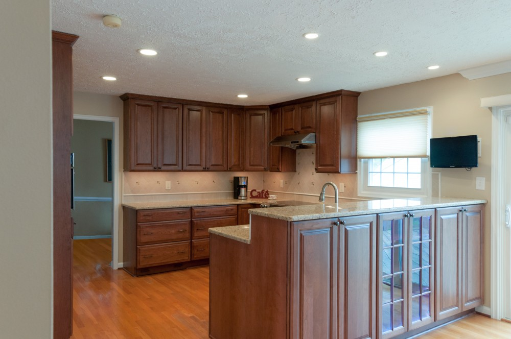 Photo By Hammer Design Build Remodel. Potomac, MD 20878:  Full Kitchen Renovation.