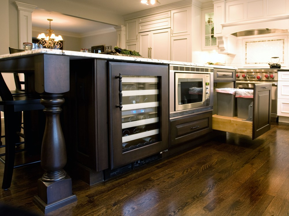 Photo By Advance Design Studio, Ltd.. White Chocolate Kitchen In Wheaton