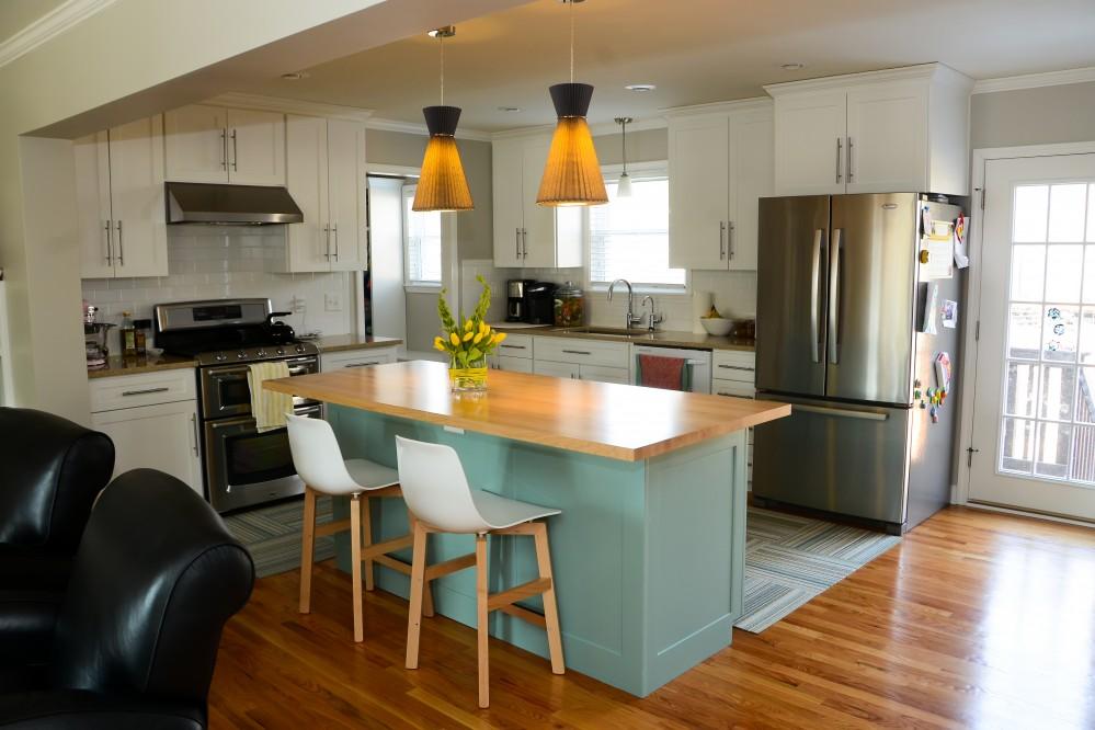 Photo By ReTouch Design-Build-Renovate. Prairie Village Home Addition