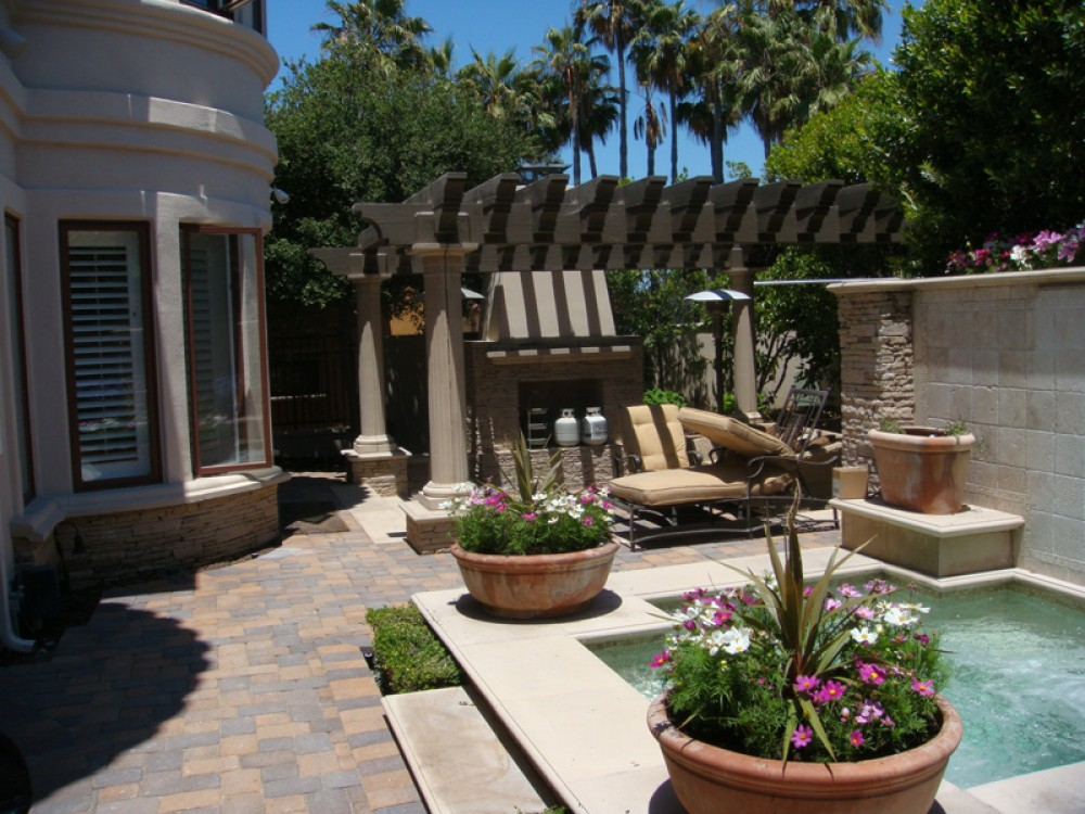 Photo By Paver Pros Plus. Backyard-patio-paver-remodel