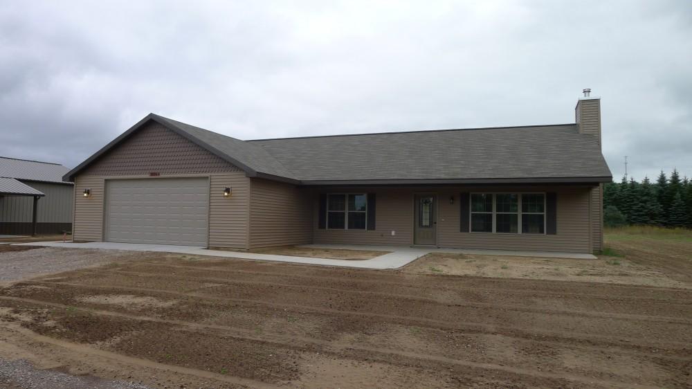 Photo By Eastwood Custom Homes Inc.