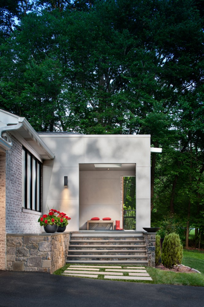 Photo By Wentworth, Inc.. Split-Level Exterior Renovation