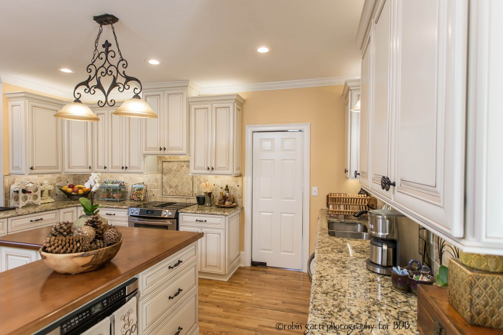 Photo By Bickley Design Build  . Cozy Kitchen In Middle Georgia