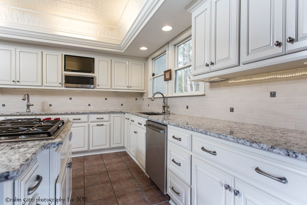 Photo By Bickley Design Build  . Classic And Clean Kitchen In Central Georgia