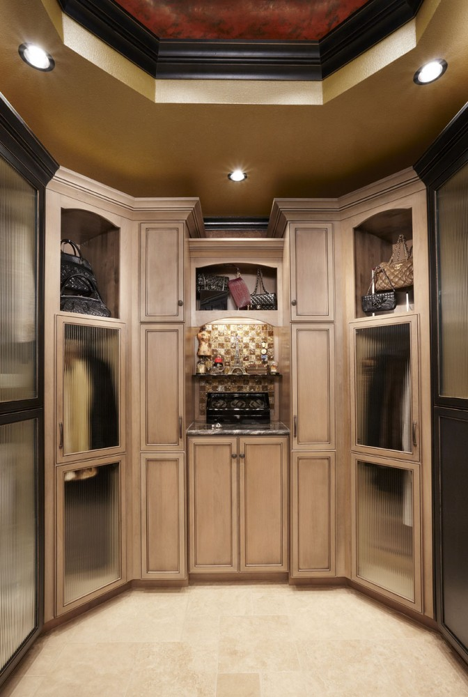 Photo By Signature Home Services. Closet/Bath Addition In Southlake, TX