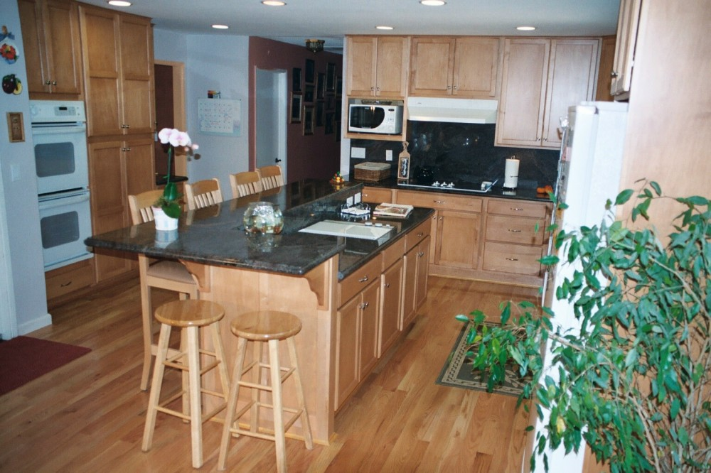 Photo By The Kitchen Crafter. Kitchen With Island