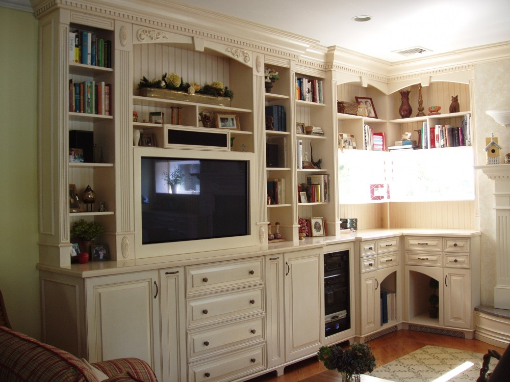 Photo By Kuhn Construction, Inc.. Living Rooms And Entertainment Areas