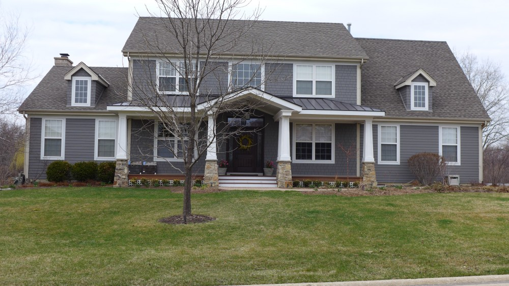 Photo By Erdmann Exterior Designs Ltd.. James Hardie Siding, Hawthorne Woods, IL