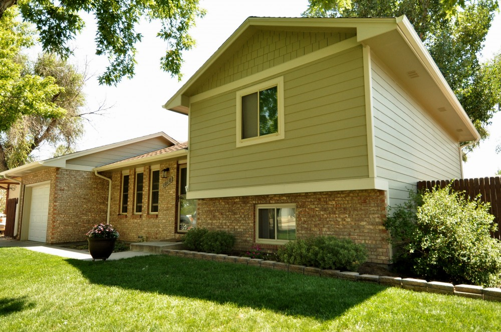 Photo By Northern Lights Exteriors. James Hardie Siding