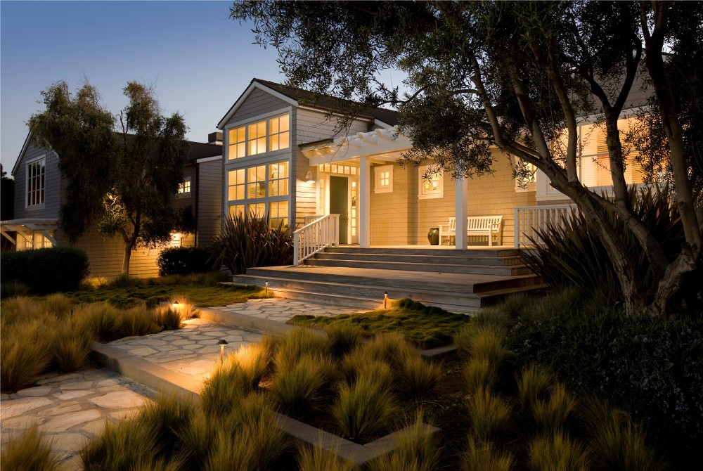 Photo By DD Ford Construction. Carpinteria Traditional Beach House