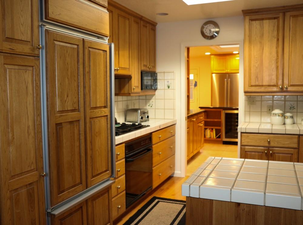 Photo By Jon R. Crase Construction, Inc.. The Butler's Pantry