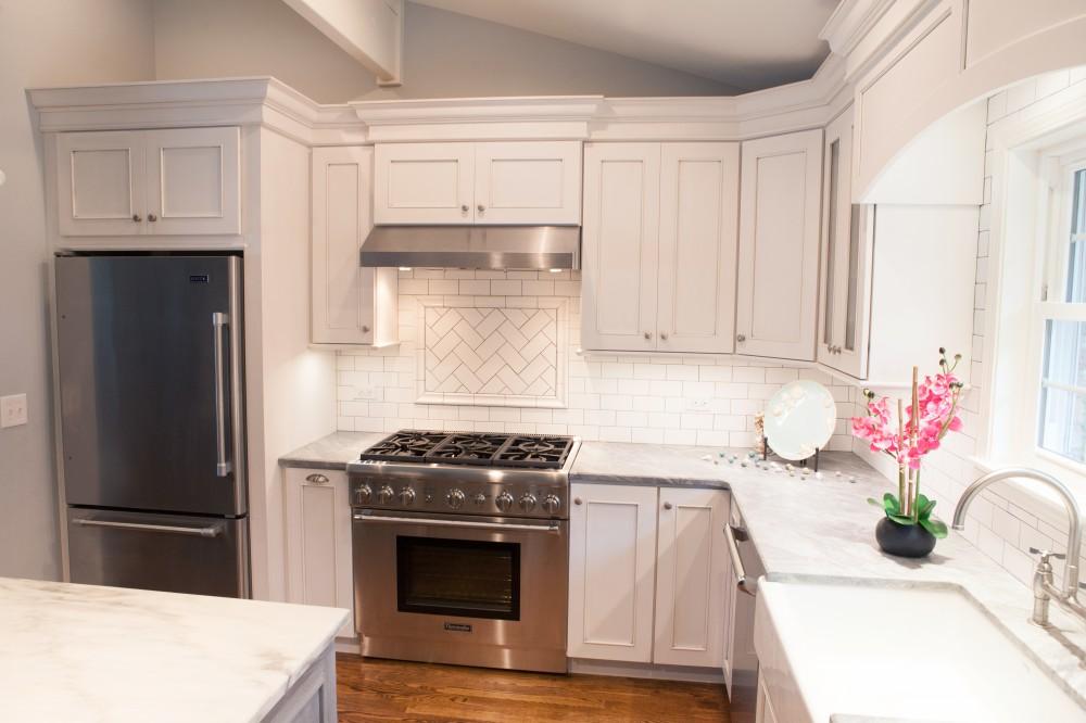 Photo By Advance Design Studio, Ltd.. Coastal Kitchen In Barrington