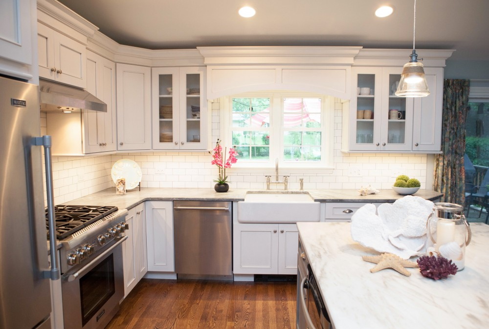 Photo By Advance Design Studio, Ltd.. Coastal Kitchen In Barrington