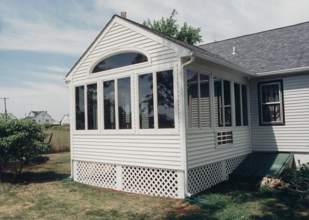 Photo By Houseworks Unlimited, Inc.. Sunroom Addition Taneytown, MD
