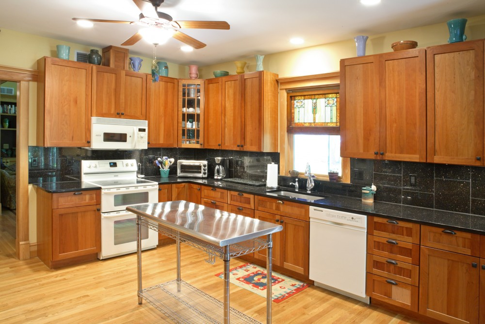 Photo By Houseworks Unlimited, Inc.. Custom Craftsman Style Kitchen